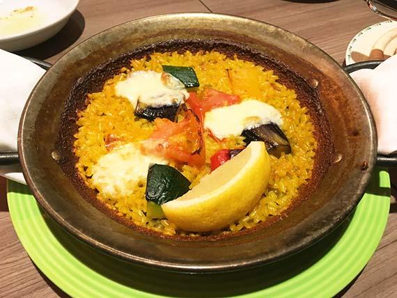 dinner_2981b.jpg