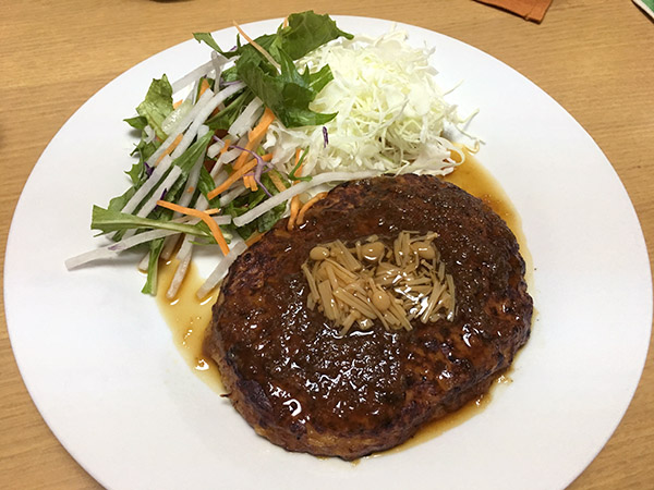 dinner_8982b.jpg