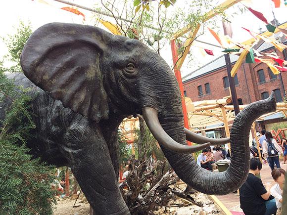 elephant_1541b.jpg