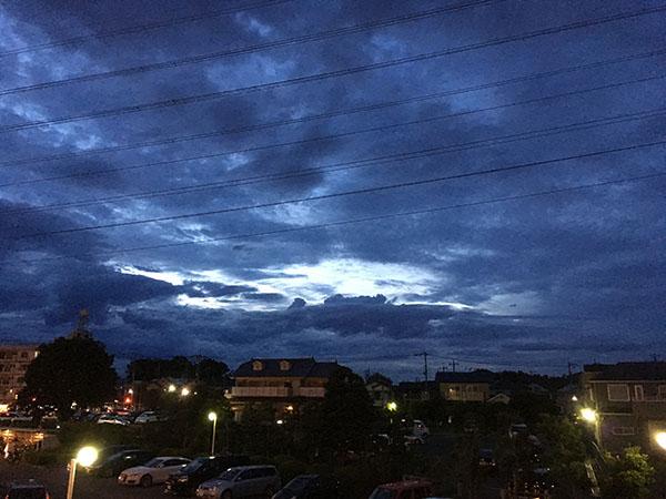 sky_7494b.jpg