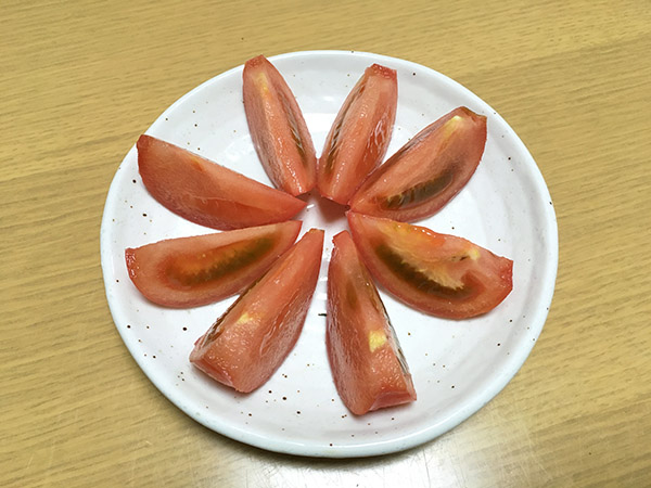 tomato_9543b.jpg