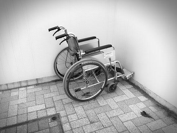 wheelchair_0731b.jpg